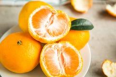 Свежие tangerines на таблице Стоковое фото RF