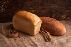 Свежий домодельный хлеб crisp Хлеб на активизирует Пресный хлеб диетический хлеб стоковые фото