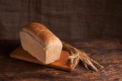 Свежий домодельный хлеб crisp Хлеб на активизирует Пресный хлеб диетический хлеб стоковая фотография rf