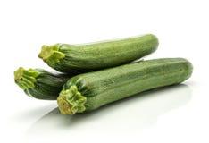 Свежий зеленый цукини изолированный на белизне Стоковые Фотографии RF