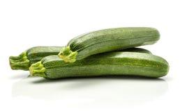 Свежий зеленый цукини изолированный на белизне Стоковое фото RF