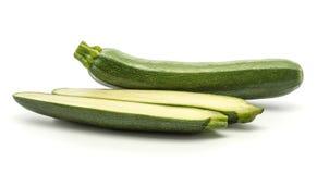 Свежий зеленый цукини изолированный на белизне Стоковые Фото