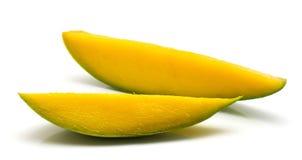 свежий изолированный манго Стоковые Изображения