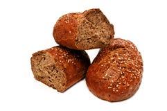 Свежий изолированный хлеб, обваливает сломленное в сухарях Стоковая Фотография