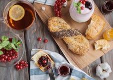 Свежий красный завтрак Стоковые Фотографии RF