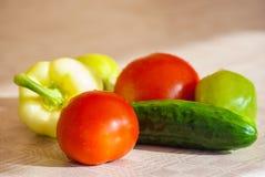 Свежий овощ на таблице Стоковые Изображения