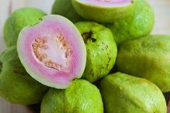 Свежий органический плодоовощ guava стоковая фотография