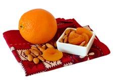 Орандж, миндалины и высушенные абрикосы Стоковое фото RF