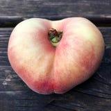 Свежий плодоовощ персика донута Стоковые Изображения