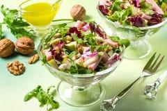 Свежий салат с ветчиной и грушами индюка Стоковые Фотографии RF
