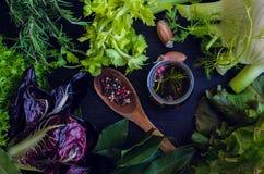 свежий салат ингридиентов Стоковая Фотография RF