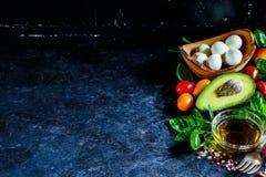 свежий салат ингридиентов стоковые фото