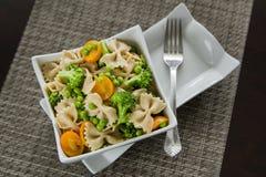 Свежий салат макаронных изделий Стоковые Изображения RF
