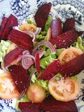свежий сделанный салат стоковые изображения