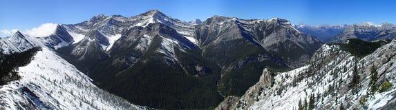 свежий снежок гор Стоковые Изображения