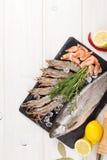Свежий сырцовый продукт моря с специями Стоковая Фотография RF