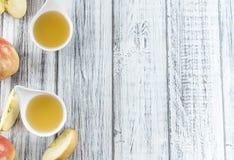 Свежий сделанный applesauce Стоковые Фотографии RF