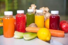 Свежий фрукт и овощ смешивания сока Стоковое Изображение