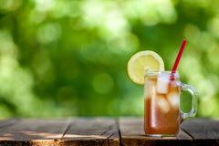 Свежий чай со льдом лимона стоковое фото