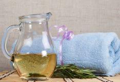 свежий rosemary масла массажа теплый Стоковые Изображения RF
