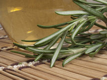 свежий rosemary масла массажа теплый Стоковые Фотографии RF