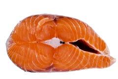 Свежий salmon стейк изолированный на белой предпосылке Salmon красный стейк рыб Большая куча стейка форели Большие органические с Стоковые Фотографии RF