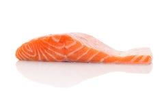 свежий salmon стейк Стоковые Изображения RF