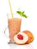 Свежий smoothie персика в стекле Стоковая Фотография RF