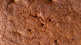 Свежо испеченный торт с красивым румяным концом-вверх коркы как предпосылка стоковое изображение