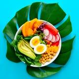 Свежо сваренный салат шара Будды стоковые изображения rf