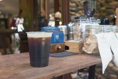 Сверкная нитро холодный кофе brew Стоковые Фото