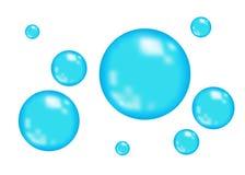 Сверкная пузыри кислорода или воды голубые на белой предпосылке Стоковая Фотография RF