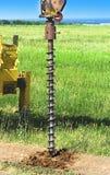 Сверля машина производит инженерство и геологические обзоры для дизайна и конструкции структур Стоковые Фотографии RF