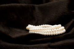 свернутая перлой белизна шнура Стоковая Фотография RF
