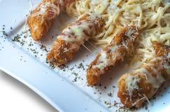 Свернутое мясо с французскими фраями Стоковое Изображение