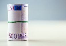 Свернутые банкноты евро несколько тысяч Открытый космос для вашей экономической информации Стоковая Фотография