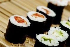 Свернутые суши, salmon avo Стоковая Фотография