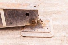 Сверхмощная стальная пусковая площадка аутриггера крана в строительной площадке Стоковая Фотография