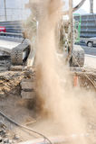 Сверля учреждение кучи на конструкции шоссе Стоковая Фотография