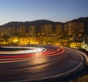 Света автомобиля бежать на дороге Стоковая Фотография RF
