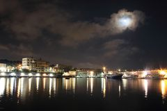 Света в ноче Granatello, Portici, Италия Стоковые Изображения RF