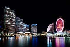 Света города небоскребов на Иокогама, Японии Стоковое Изображение