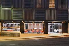 Света конца фасада общежития Стоковая Фотография