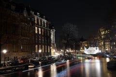 Света ночи Амстердама Нидерланды Стоковое фото RF