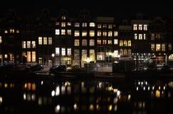 Света ночи Амстердама Нидерланды Стоковая Фотография