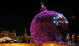 Света рождества приближают к красной площади и Кремлю, Москве, России Стоковое Изображение RF