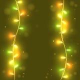 Света рождества на зеленой предпосылке, яркие света Стоковая Фотография RF
