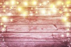 Света рождества на старой деревянной предпосылке Backgrou рождества Стоковая Фотография RF