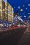 Света рождества на улице Оксфорда, Лондоне Стоковые Фотографии RF