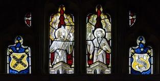 Света Tracery цветного стекла церков Сент-Эндрюса Стоковая Фотография RF